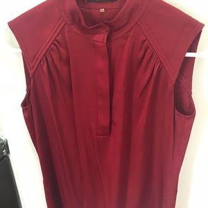 Elie Tahari Tops - Red silk sleeveless top